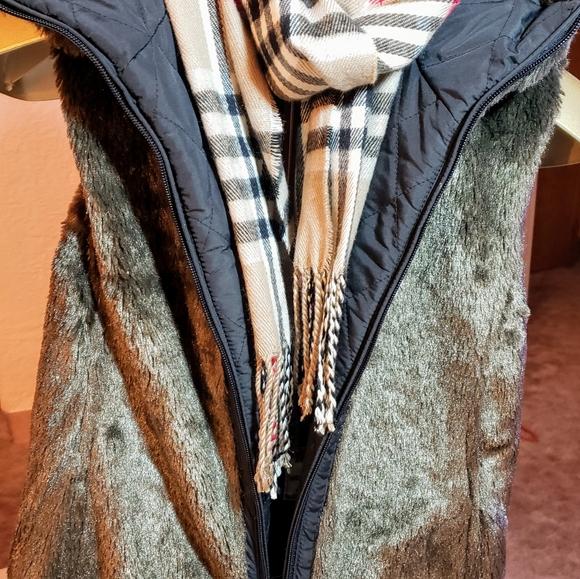 Jackets & Blazers - Faux fur brown reversible vest, Size L